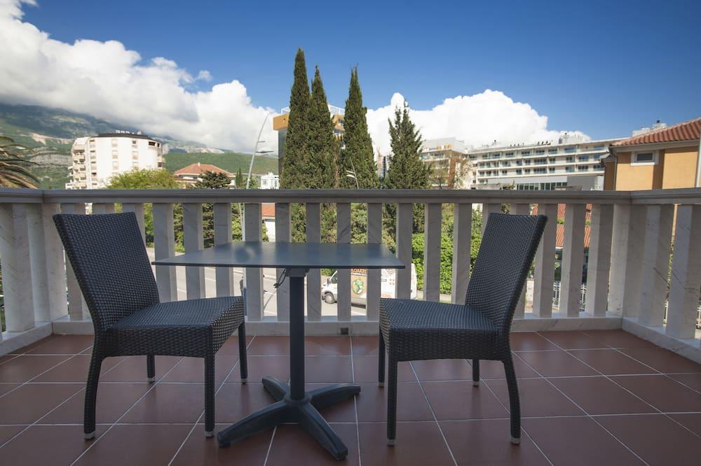 Standard Double Room, City View - Balcony