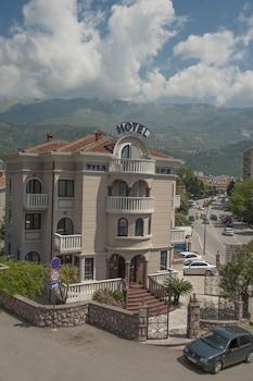 Budva bölgesindeki Vila Lux Hotel resmi