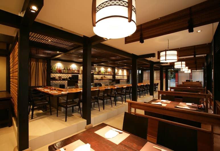レガシー スイーツ ホテル スクンビット バイ コンパス ホスピタリティ, バンコク, レストラン