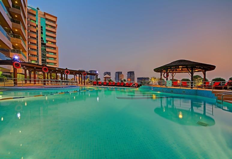 Copthorne Hotel Dubai, Dubajus, Baseinas
