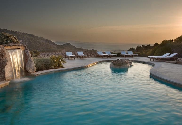 Petra Segreta Resort & Spa, Олбиа, Открытый бассейн