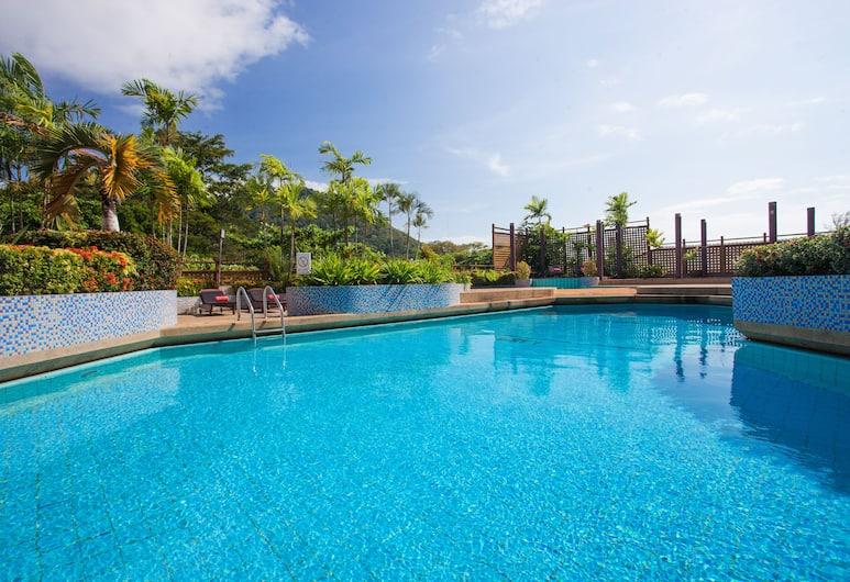 普吉梅林飯店, 普吉島, 室外游泳池