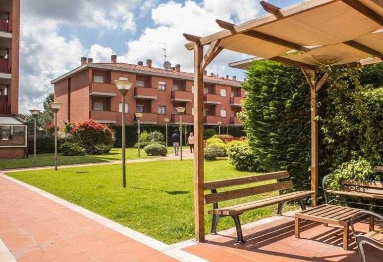 Best Western Hotel I Triangoli, Rome, Garden