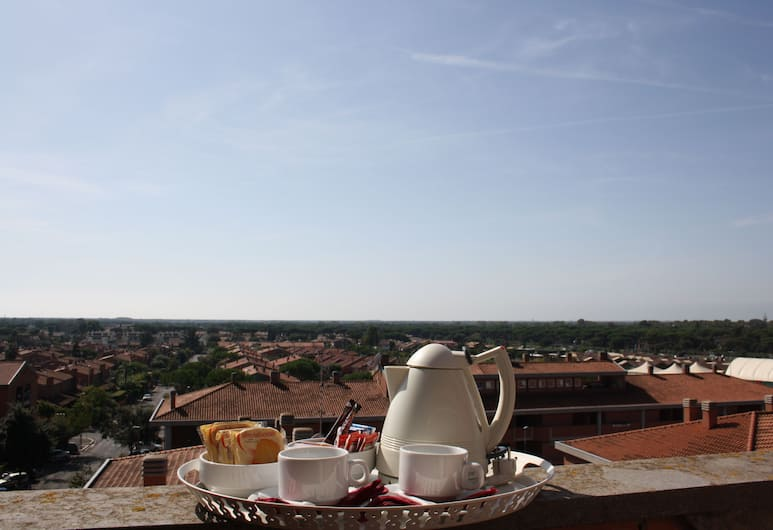 Best Western Hotel I Triangoli, Rome, Comfort Double Room, Terrace/Patio