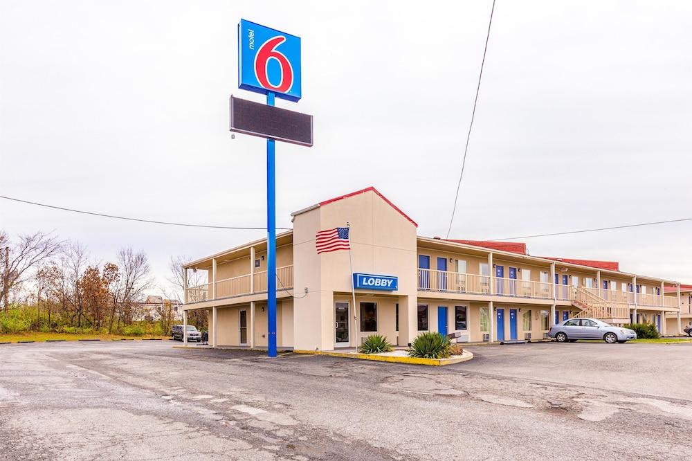 Motel 6 Mount Vernon Il
