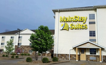 Picture of MainStay Suites in Coralville