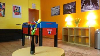 柏林舍內貝格開心幸運酒店及青年旅舍的圖片