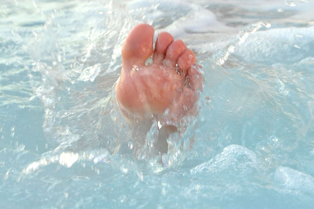 Vanjska masažna kada