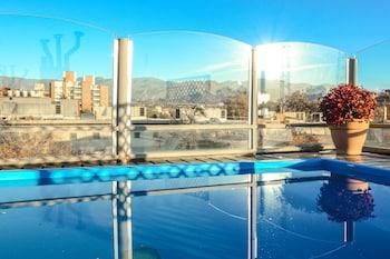 Mynd af El Portal Suites í Mendoza