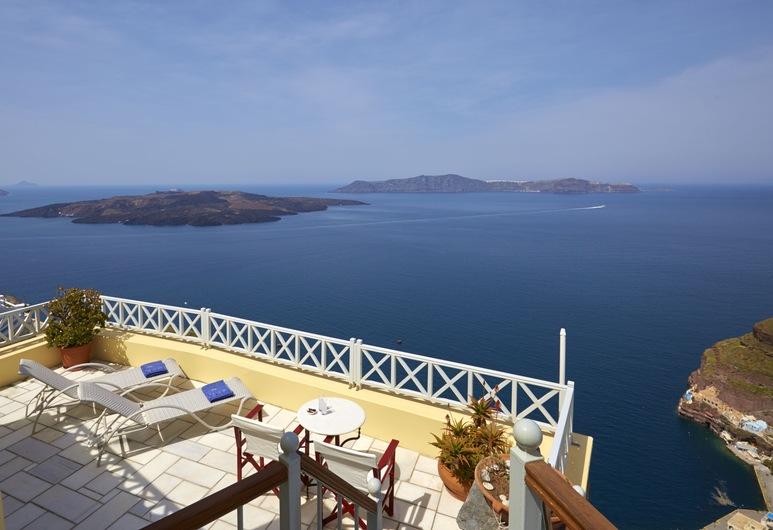Cori Rigas Suites, Santorini