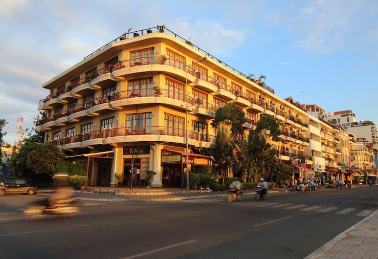 阿瑪加亞帕克姆酒店, 金邊