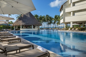 Foto Isla Mujeres Palace Couples Only All Inclusive Resort di Isla Mujeres