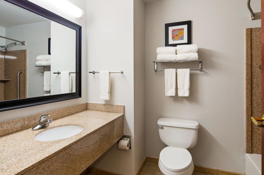 Pokój standardowy, 2 łóżka queen, przystosowanie dla niepełnosprawnych, dla niepalących - Łazienka