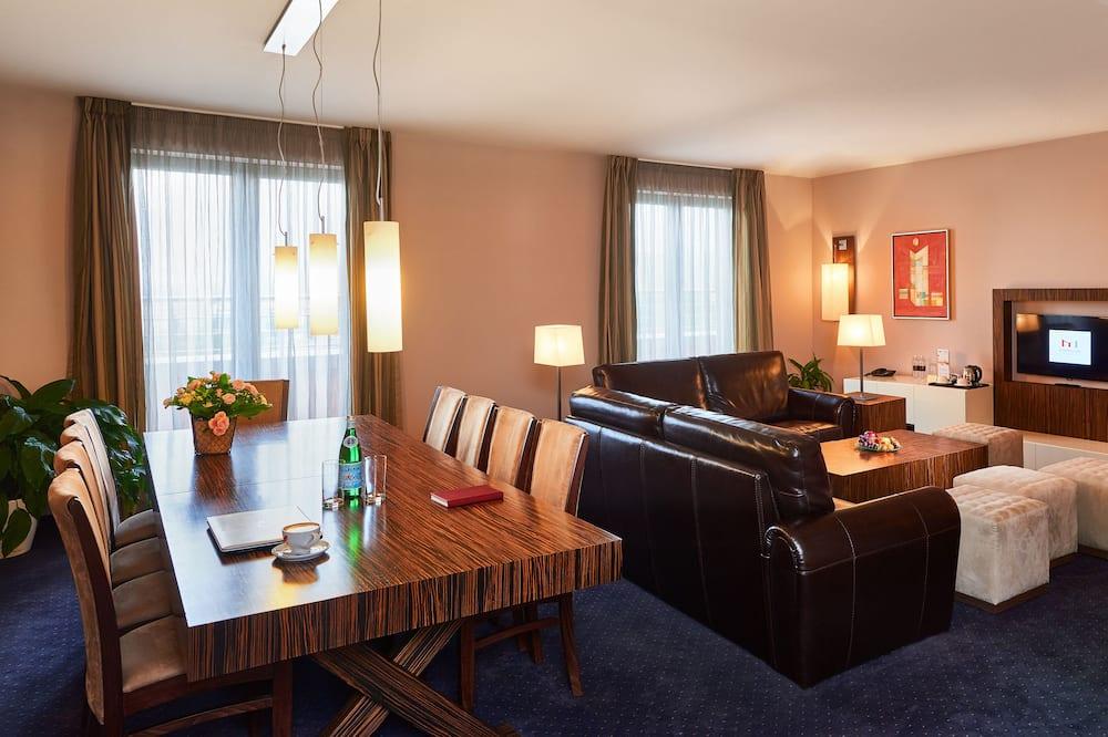 Panorama Suite - Living Area