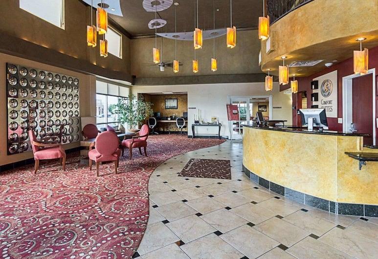 Comfort Suites Airport, Уичито, Вестибюль