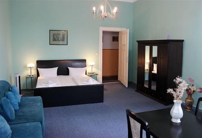 Hotel Pension Rheingold, Berlin, Superior Double Room, Living Area