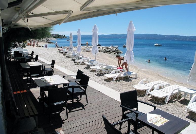 Hotel Sunce, Podstrana, Taras/patio