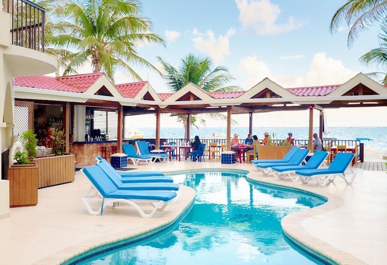Sunbreeze Suites, San Pedro, Suite Ground Pool View, Vue sur la cour