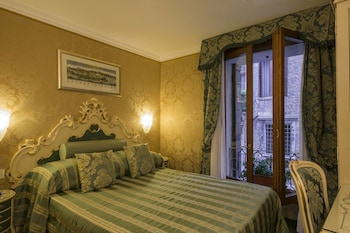 Picture of Hotel Becher in Venice