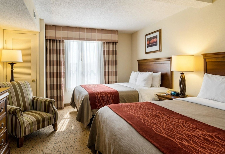 Comfort Inn & Suites, Dover, Suite, Multiple Beds, Non Smoking (2 Queen, 2 Person Sofa Bed), Guest Room