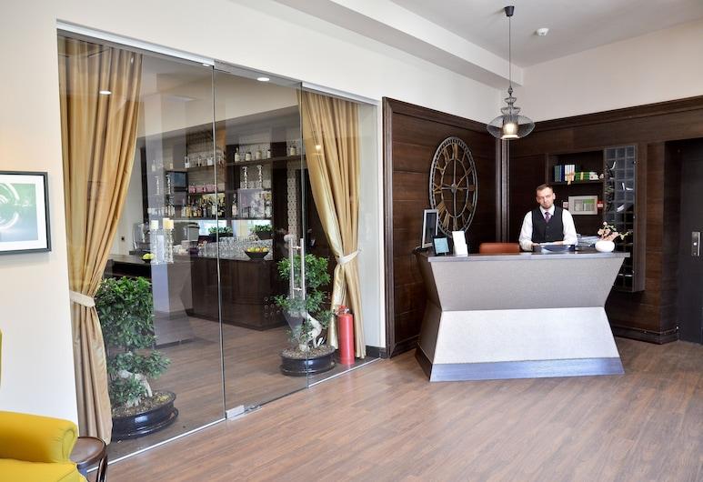 Capitolina City Chic Hotel, Cluj-Napoca, Receção