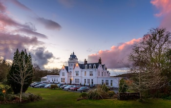 Picture of Skeabost Hotel in Portree