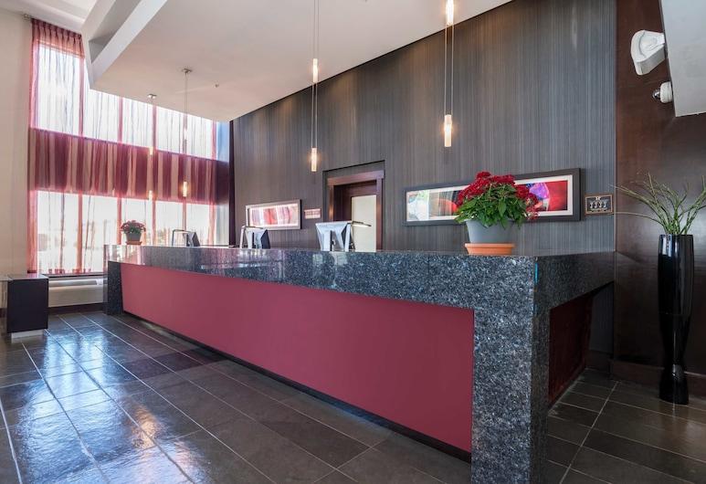 Sandman Hotel & Suites Winnipeg Airport, Winnipeg, Reception