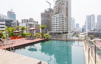 Picture of Oakwood Residence Sukhumvit 24, Bangkok in Bangkok
