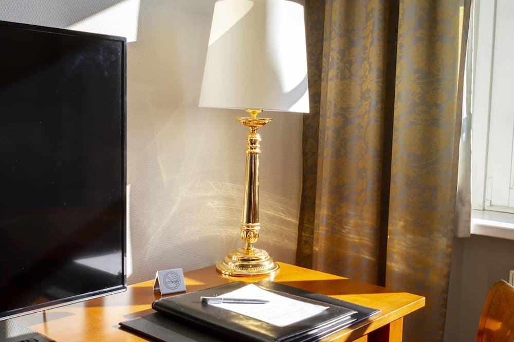 Apartmán typu Junior, 1 veľké dvojlôžko, nefajčiarska izba - Obývacie priestory