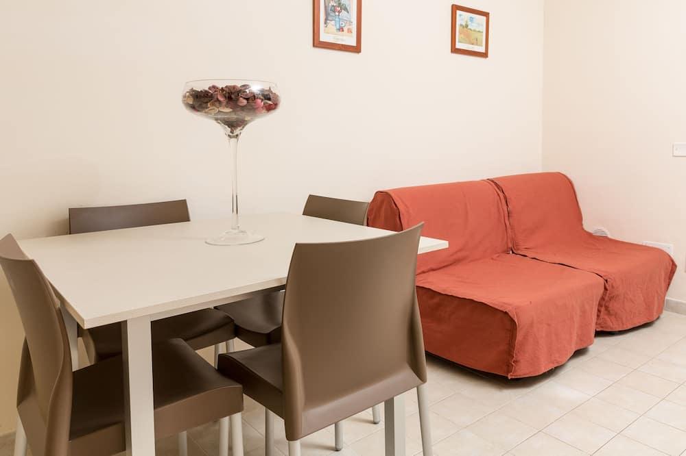 Standard Apartment, 1 Bedroom (3 pax) - Living Area