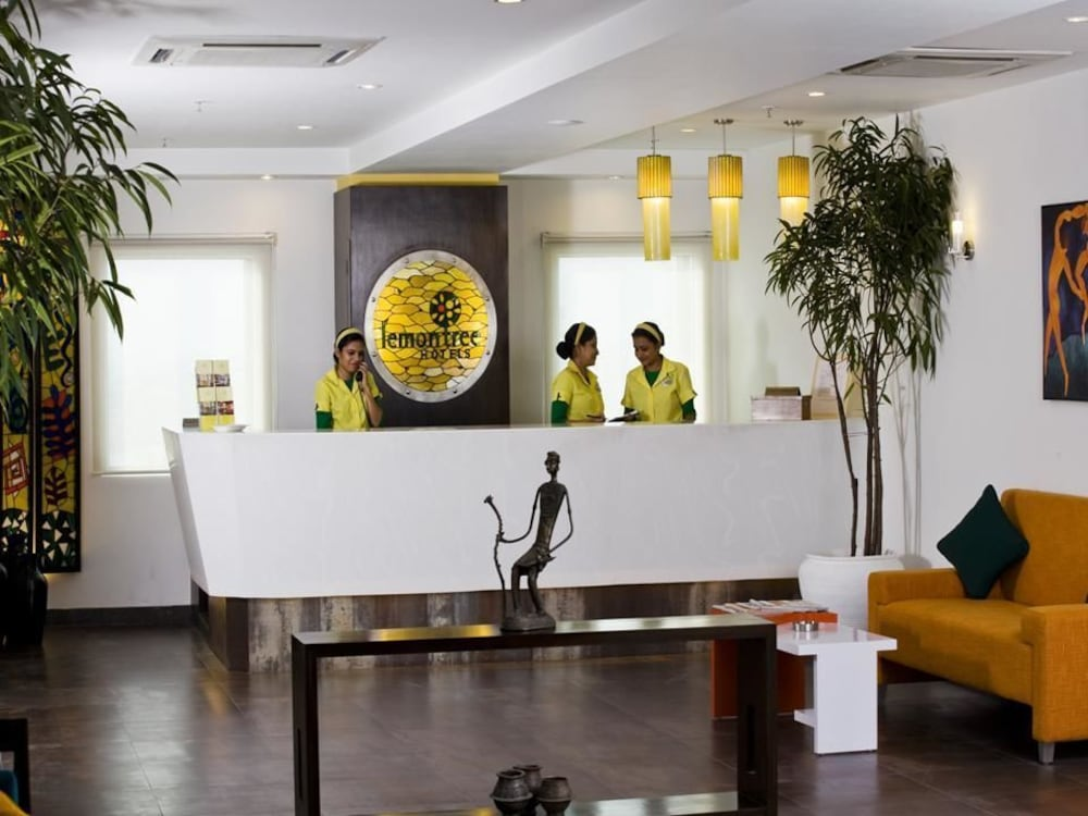 Lemon Tree Hotel East Delhi Mall Kaushambi Ghaziabad Lobby