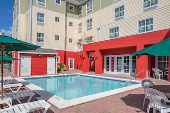 Picture of Hawthorn Suites By Wyndham Panama City Beach, FL in Panama City Beach