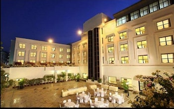Picture of Hotel Green Park in Hyderabad