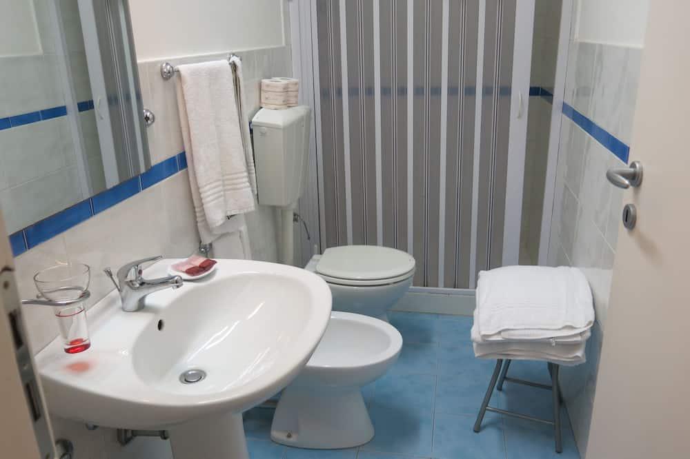 Suite Confort, 2 habitaciones, baño privado - Baño