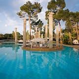 Бар біля басейну