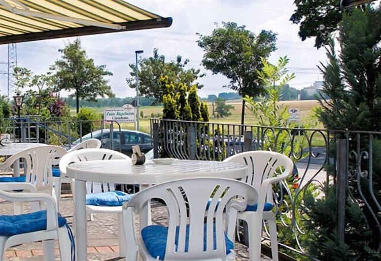 Hotel & Restaurant Zum Jägerheim, Wendeburg, Terrace/Patio