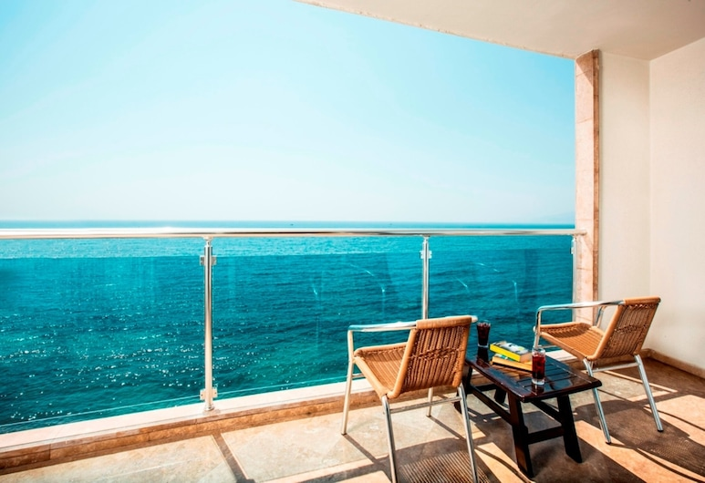 Charisma De Luxe Hotel, Kusadasi, Standard Room, Guest Room View