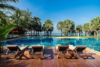 Enter your dates for special Sattahip last minute prices