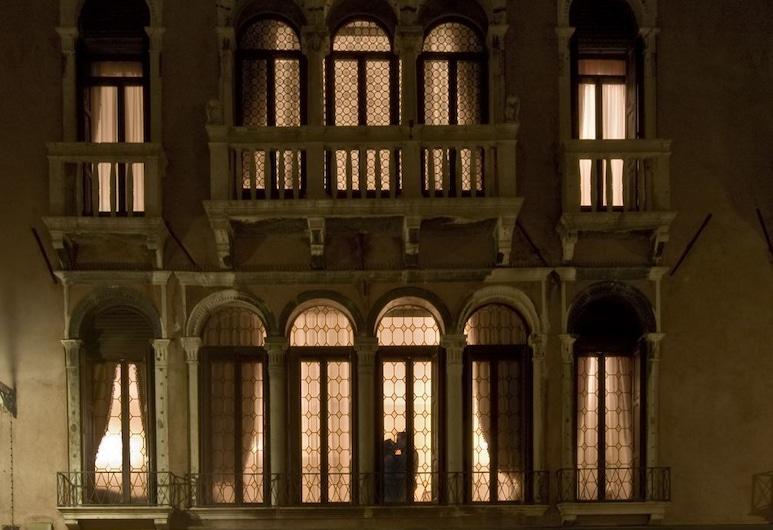Ca' Bragadin Carabba, Venedig, Fassade der Unterkunft