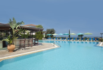 Picture of Akamanthea Holiday Village in Polis