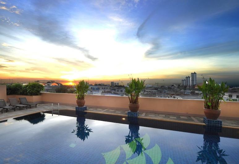 Tongtara Riverview Hotel, Bangkok, View from Hotel