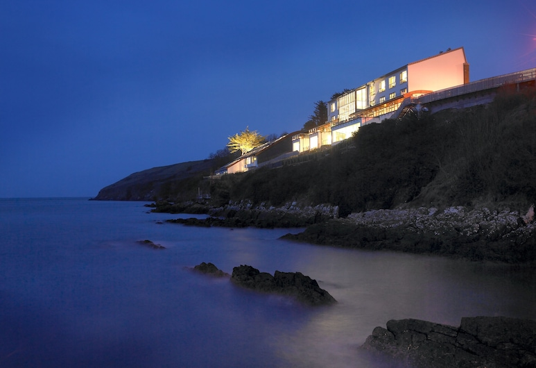 Cliff House Hotel, Pantai Ardmore
