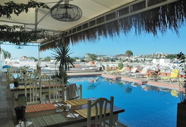 Sky Nova Suites Hotel - All Inclusive, Bodrum, Kolam Terbuka