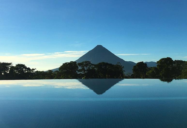 Hotel Arenal Lodge, La Fortuna, Venkovní bazén