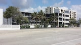 Choose this Motel in Fort Lauderdale - Online Room Reservations