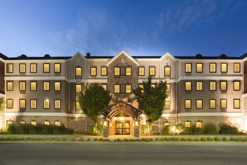 Staybridge Suites Toledo - Maumee, an IHG Hotel, Maumee