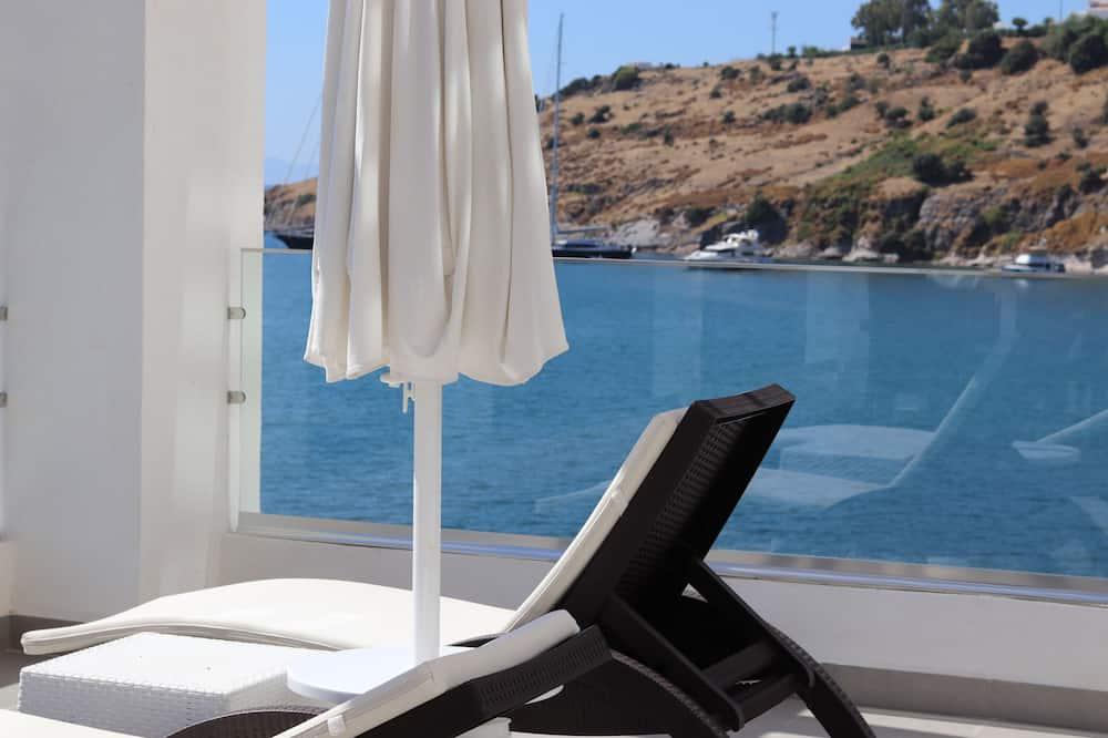 Suite, 1 letto matrimoniale - Vista balcone