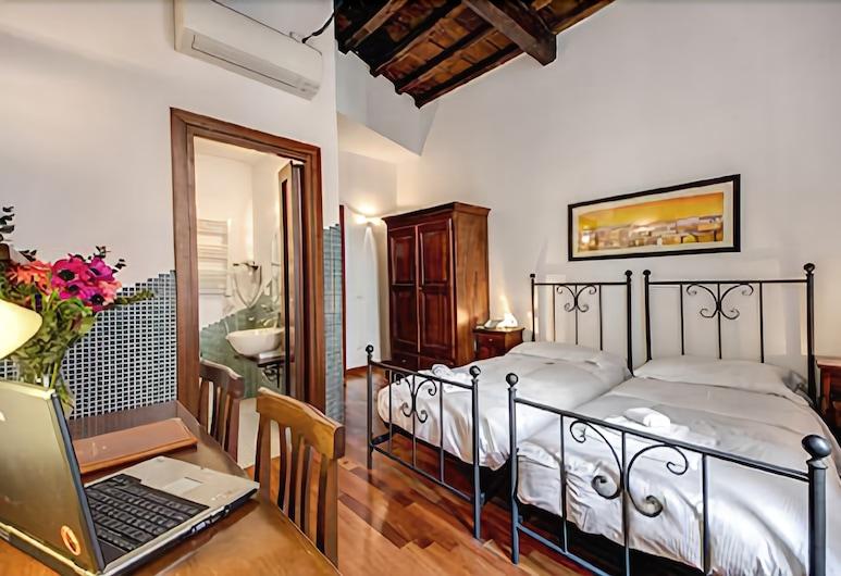 Residenza Domizia- Guest House, Rom, Family Room, Bilik Tamu