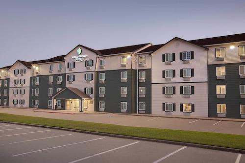 博蒙特伍德斯普林套房飯店/