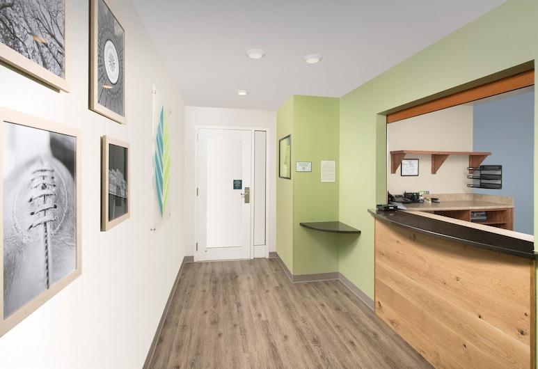 WoodSpring Suites Pensacola Northwest, Pensacola, Réception